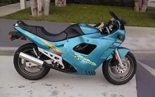 Мотоцикл GSX600F (1990): технические характеристики, фото, видео