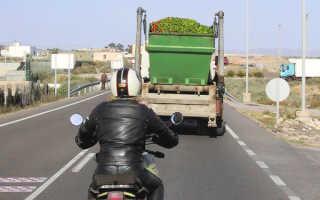 Как ездить на мотоцикле: правила вождения